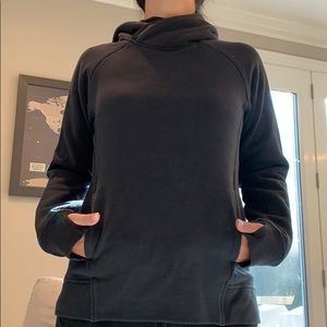 Lululemon black hoodie with kangaroo pocket size 6